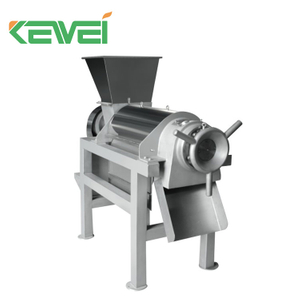 Coconut milk extracting machine / coconut milk extractor / coconut juicer